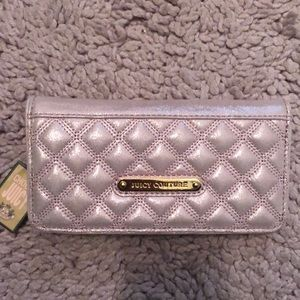 Nwt juicy couture wallet pink shimmer